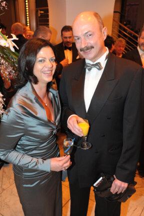 <p> Chemnitzer Opernball 2012, Bildnummer 068</p>