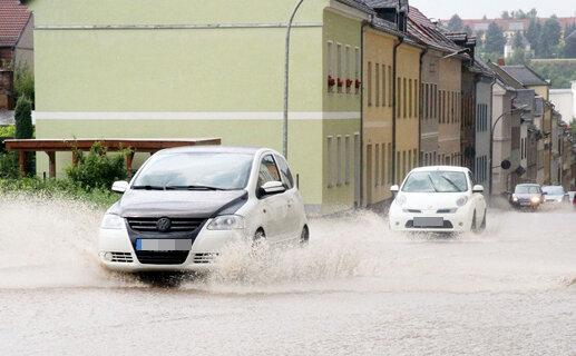 """<p> <span class=""""TextDown"""">Auf der Pestalozzistraße in Werdau ging es nur im Schritttempo vorwärts. </span></p>"""
