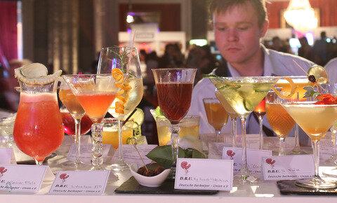 <p> Eine bunte Cocktail-Auswahl stellte die Jury vor die Qual der Wahl.</p>