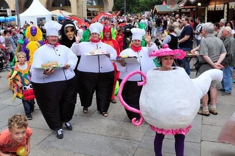 <p> Eine Kostümparade sorgte ebenfalls für Stimmung.</p>