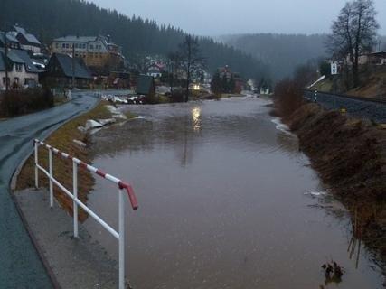 <p> Hochwasser in Zwota.</p>
