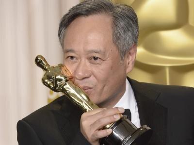 <p> Beste Regie: Ang Lee dankte dem Kinogott.</p>