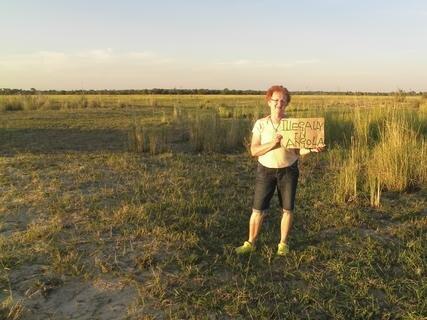 <p> Zum Sonnenuntergang am Okavango-Ufer in Angola</p>