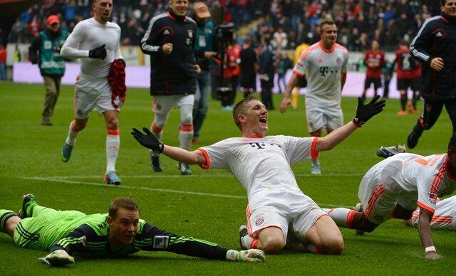 Mit einem feinen Hackentrick sorgte Nationalspieler Bastian Schweinsteiger (52. Minute) für den Rekord-Erfolg.