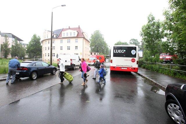 <p> Einwohner an der Brückenstraße werden evakuiert.</p>