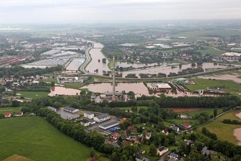 <p> Bei einem Flug aus Richtung Waldenburg, Kertzsch, Remse, Glauchau, Schlunzig, Crossen, Zwickau Wilkau-Haßlau, Wildenfels und Hartenstein haben wir uns eine Übersicht verschafft ...</p>