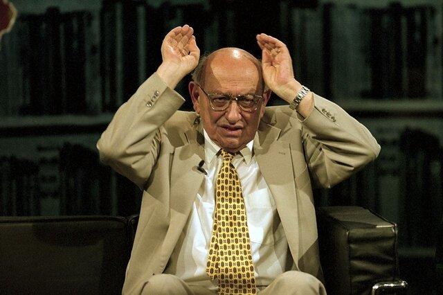 <p> 1950 wurde er aus seinen Ämtern entlassen und aus der KP wegen «ideologischer Fremdheit» ausgeschlossen.</p>