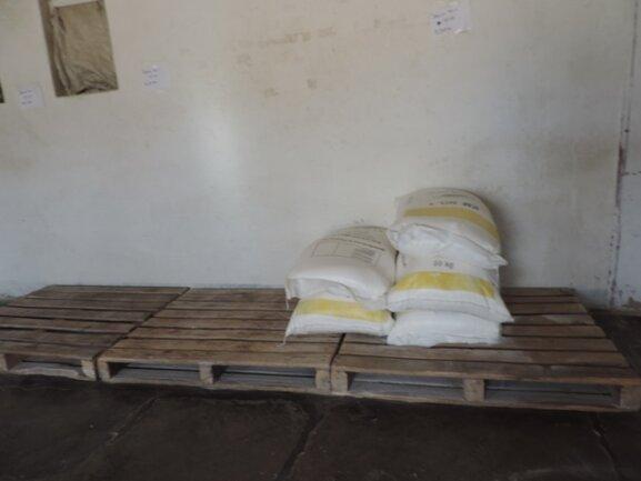 <p> Das Maismehl ist nahezu ausverkauft, der erste Großhandel hat bereits geschlossen.</p>