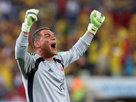 <p> Der Ex-Kölner Faryd Mondragon ist nach seiner Einwechslung für Kolumbien ältester WM-Spieler der Geschichte. Foto:&nbsp;Jose Coelho<br /> 25.06.2014 (dpa)</p>