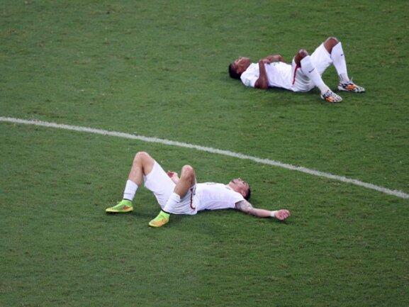 <b>Platt</b><br/>Vier Spiele liefen die US-Boys unermüdlich, dann vielen sie einer nach dem anderen um. Die WM ist für die Amerikaner vorbei. Foto:Ali Haider<br/>02.07.2014 (dpa)