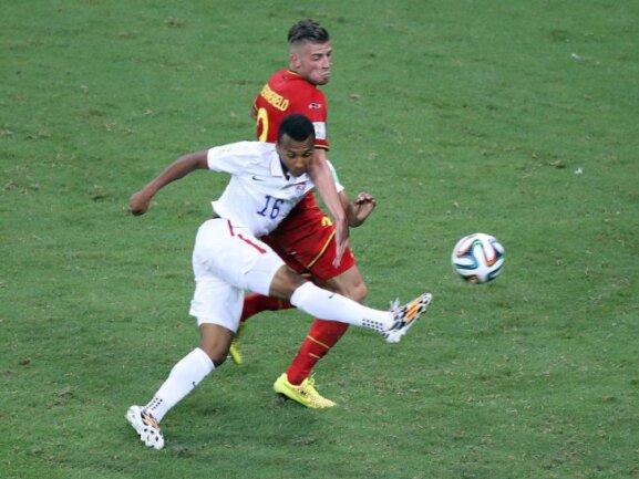 <b>Sensationell</b><br/>Julian Greens erster Ballkontakt bei der WM und der Volleyschuss landet auch noch im belgischen Kasten. Foto:Ali Haider<br/>02.07.2014 (dpa)