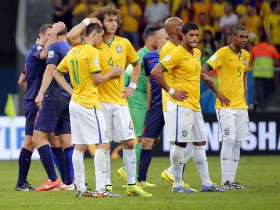 <b>Nächste Pleite</b><br/>Auch das Spiel um Platz drei konnten die Brasilianer nicht gewinnen. Der WM-Gastgeber unterlag den Niederlanden mit 0:3. Foto: Robert Ghement<br/>13.07.2014 (dpa)
