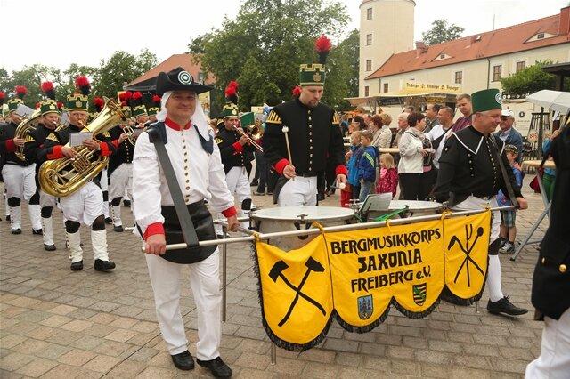 <p> Höhepunkt des Bergstadtfestes war die Bergparade am Sonntag.</p>