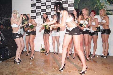 <p> Bereits zum siebten Mal hat am Rande des Grand Prix die Sachsenring Race Party stattgefunden.</p>