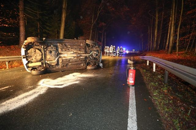 <p> Nach Angaben der Polizei wich die Frau einem Reh aus und verlor die Kontrolle über ihren Wagen.&nbsp;</p>