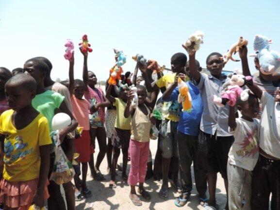 <p> Am Ende des Festes bekamen nahezu alle Kinder ein Plüschtier.</p>
