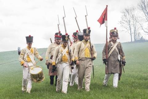 <p> Das Gefecht wurde von Mitgliedern des militärhistorischen Vereins &quot;2. Korps-Artillerie zu Fuß&quot; nachgestellt.</p>