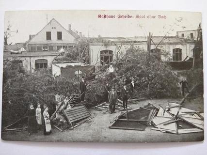 """<p> Das beliebte Vergnügungslokal """"Tiergarten Scheibe"""" nahe der Camman-Spinnerei an der Blankenauer Straße. Allein hier sollen mehr als 100.000 Mark Schaden entstanden sein.</p>"""
