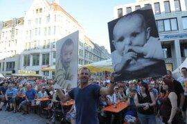 <p>Auf dem Markt gaben sich am Abend Böttcher & Fischer die Ehre.</p>