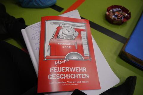 <p>Dieses Malbuch der Feuerwehr wurde an Kinder verteilt.</p>