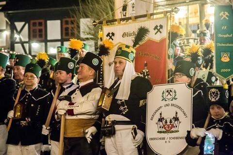 <p>Wie in Chemnitz gab es auch hier eine große Bergparade.</p>