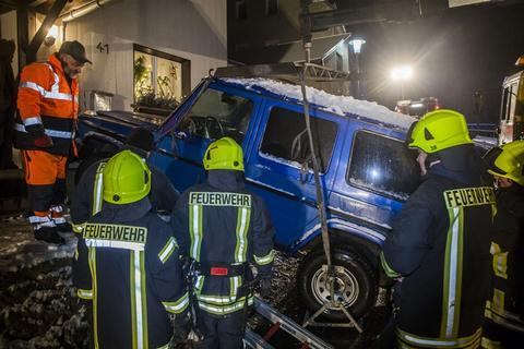 <p>Die Feuerwehr Scharfenstein war vor Ort und leuchtete die Einsatzstelle aus.</p>