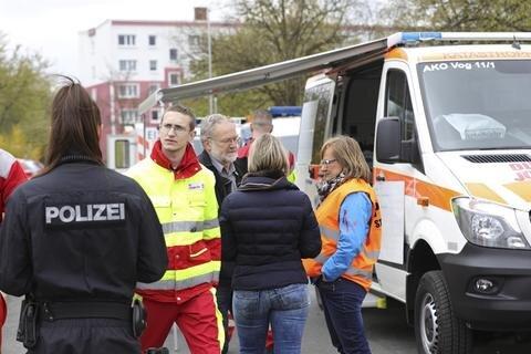 <p>Rund 125 Kräfte von Feuerwehr, Rettungsdienst, Polizei und Stadt waren im Einsatz.</p>