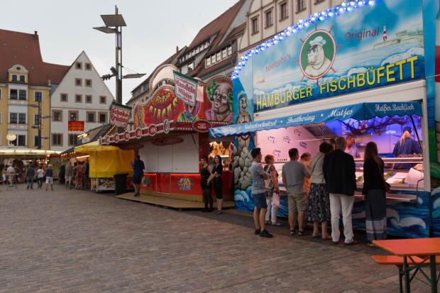 <p>In der Freiberger Innenstadt hatten gegen 19.30 Uhr die letzten Besucher das Gelände des unterbrochenen Bergstadtfestes verlassen.</p>