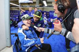 <p>Rennsport-Superstar Valentino Rossi war am Donnerstag am Sachsenring und machte schon mal seinen Fan Toni Lindner aus Hohenstein-Ernstthal glücklich.</p>