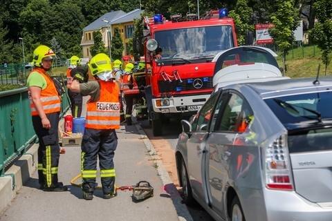 <p>Neben Rettungsdienst, Notarzt und Polizei war die Freiwillige Feuerwehr Annaberg im Einsatz.</p>