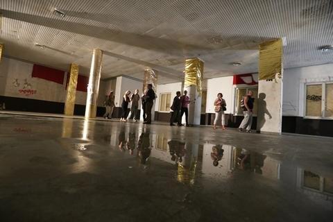 <p>Nun soll der Kulturpalast zu Wohnzwecken umgebaut werden.</p>