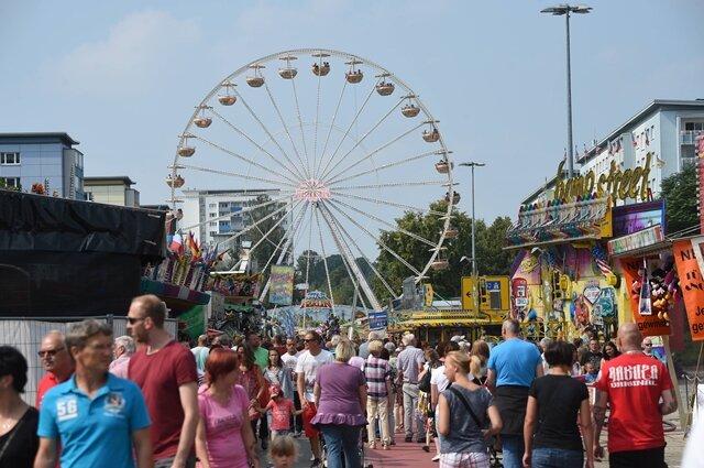 <p>Rund 260.000 Besucher haben laut Veranstalter am Wochenende auf dem Chemnitzer Stadtfest gefeiert - so viele wie noch nie zuvor.</p>