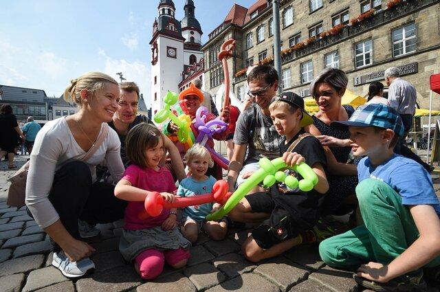 <p>Ganz im Zeichen eines auf Familien ausgerichteten Programms erlebt das Stadtfest heute seinen letzten Veranstaltungstag.</p>