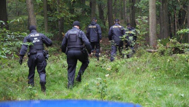 """<p xmlns:php=""""http://php.net/xsl"""">Bevor sie von deutschen Einsatzkräften überwältigt und festgenommen werden konnten...</p>"""