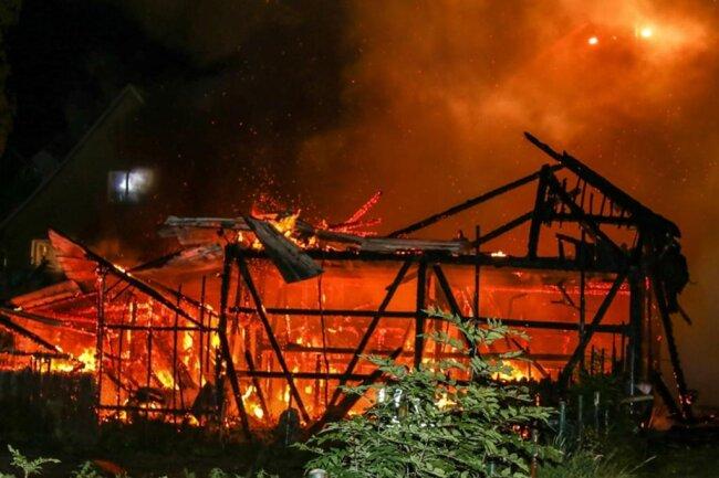 <p>Verletzt wurde bei dem Brand niemand.</p>