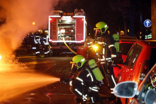 <p>Ersten Angaben zufolge brach das Feuer gegen 1 Uhr aus.</p>