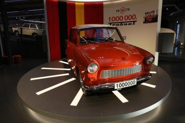 """<p xmlns:php=""""http://php.net/xsl"""">""""Es gibt europaweit nur zwei Museen, die Automobilgeschichte an einem authentischen Ort zeigen"""", sagte Museumschef Thomas Stebich vor der Eröffnung am Donnerstagabend.</p>"""