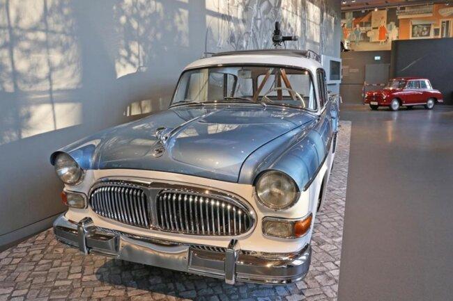 <p>Insgesamt stehen 150 Großexponate für 113 Jahre Automobilgeschichte.</p>