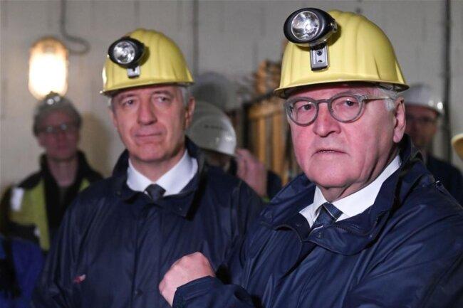 <p>Sachsens Ministerpräsident Stanislaw Tillich (CDU, links) und Bundespräsident Frank-Walter Steinmeier.</p>