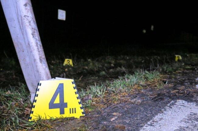 <p>Die Polizei hat Ermittlungen zum Unfallhergang aufgenommen.</p>