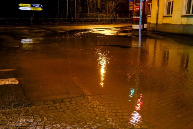 <p>Erst Anfang Juli kam es in diesem Bereich zu einem Wasserrohrbruch.</p>