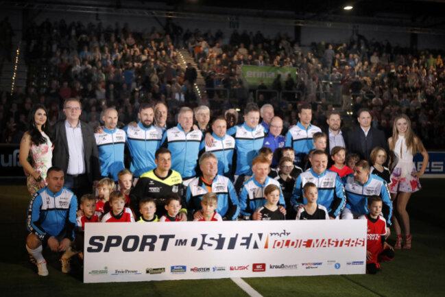 <p>Das Turnier entschied der 41-Jährige mit den Himmelblauen, für die mit Peer Kluge, Ingo Hertzsch, Ervin Skela und Silvio Meißner weitere einstige Bundesligaprofis aufliefen, für sich.</p>