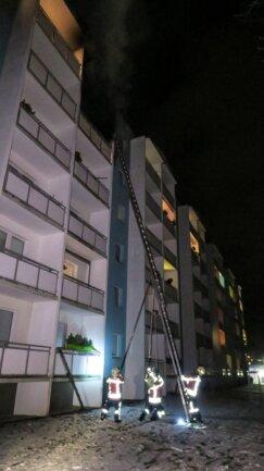 <p>Die Bewohner des Hauses wurden in einem Gebäude der Stadt untergebracht, danach kümmerten sich die Stadtverwaltung sowie die örtliche Wohnungsbaugesellschaft um Ausweichquartiere.</p>