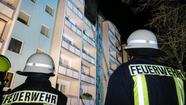 <p>Im Einsatz waren 58 Kräfte der Feuerwehr, Rettungsdienst samt Notarzt, Mitglieder des Betreuungszugs der Johanniter sowie der Kreisbrandmeister.</p>
