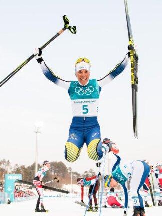 <b>Erste</b><br/>Charlotte Kalla holte die erste Goldmedaille in Pyeongchang. Die schwedische Langläuferin gewann den Skiathlon. Foto: Joel Marklund<br/>10.02.2018 (dpa)