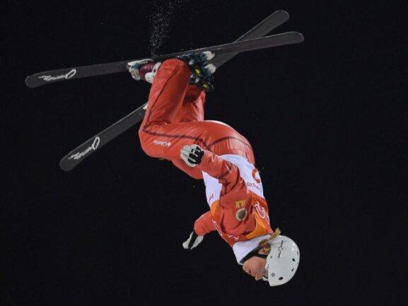 <b>Akrobatisch</b><br/>Goldmedaillengewinnerin Hanna Huskowa aus Weißrussland zeigt beim Ski-Freestyle ihr gesamtes Können. Foto: Angelika Warmuth<br/>16.02.2018 (dpa)