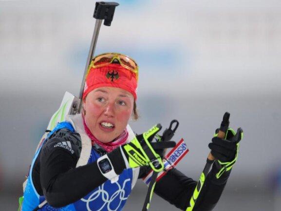 <b>Gezeichnet</b><br/>Biathletin Laura Dahlmeier sind die Strapazen und die Enttäuschung beim achten Platz in der Staffel anzusehen. Foto: Michael Kappeler<br/>22.02.2018 (dpa)