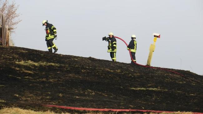 <p>Eine Gefahr ging laut Feuerwehr jedoch nicht von dem Feuer aus.</p>