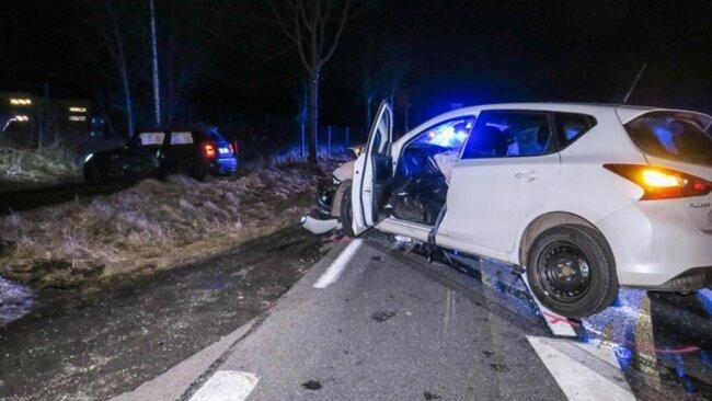<p>Wegen der Unfallaufnahme wurde die S255 in Fahrtrichtung Aue gesperrt.</p>