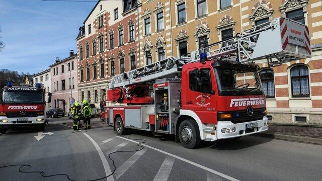 <p>Nach ersten Informationen soll einAusbreitendes Feuers dank eines geschlossenen Fensters verhindert worden sein.</p>